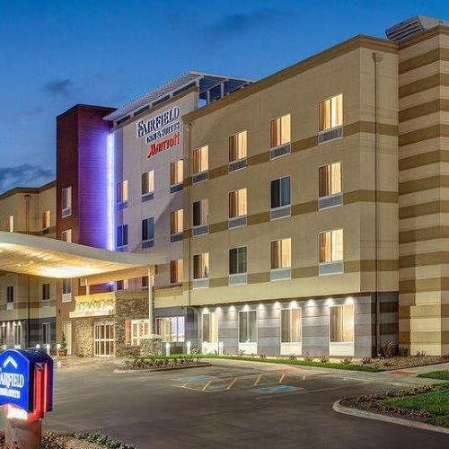 Fairfield Inn & Suites by Marriott Niagara Falls