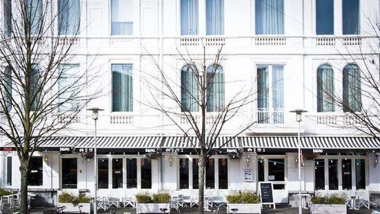 皮拉爾酒店