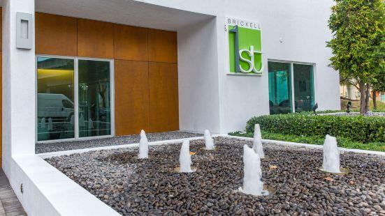 Brickell Luxe Rentals