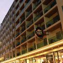 普吉島海明威絲綢酒店(Hemingways Silk Hotel Phuket)