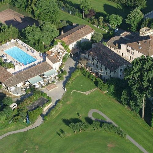 貝古德高爾夫城堡酒店