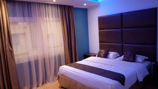 Shayah Suites
