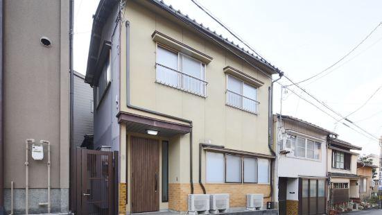 Kanazawa Higashiyama Chaco