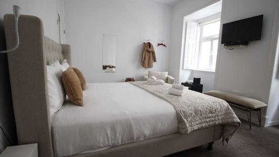 Shiado Suites