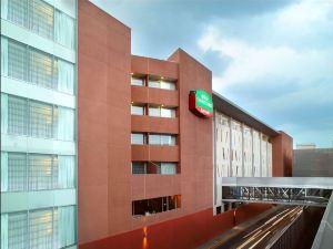墨西哥城機場萬怡酒店(Courtyard Mexico City Airport)