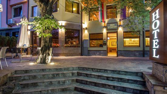 博雅納別墅酒店