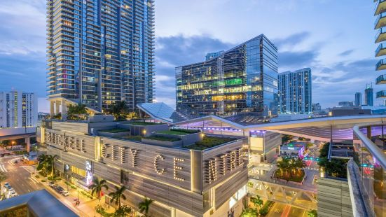 SLS Lux Brickell Suite 812 Privately Managed by Miami and The Beaches Rentals