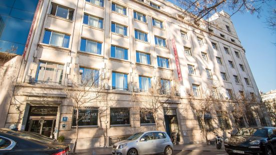 卡斯特拉納珀蒂宮總統酒店