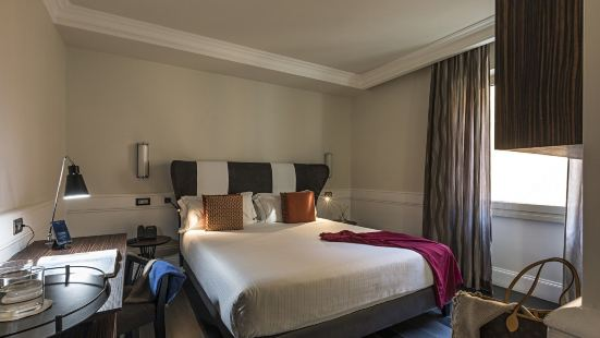 羅馬納沃納宮酒店