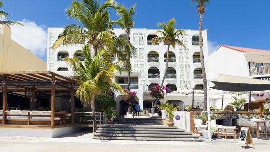 荷蘭屋海灘酒店