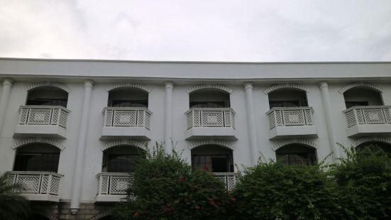 Sugarland Hotel
