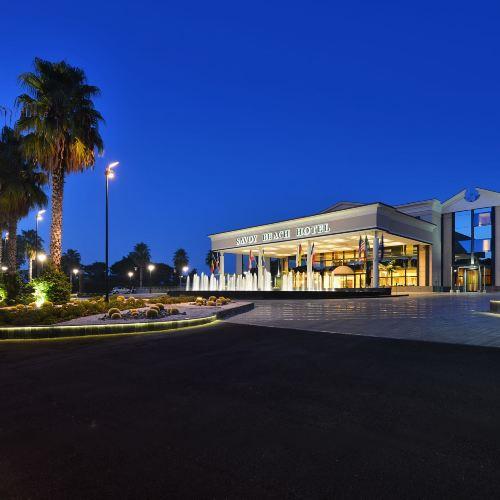 薩沃伊海灘酒店