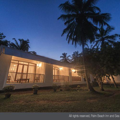 棕櫚海灘及海貝殼小屋酒店