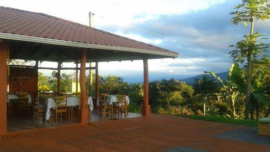 Miradas Arenal Hotel & Hotsprings