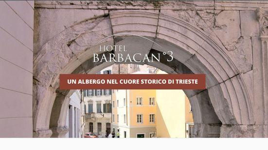 Hotel Barbacan & Apartments