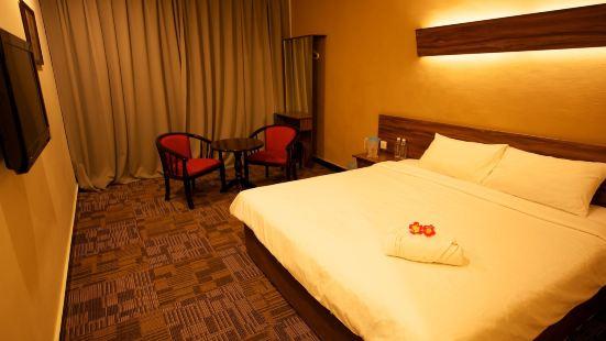 德波塔尼酒店