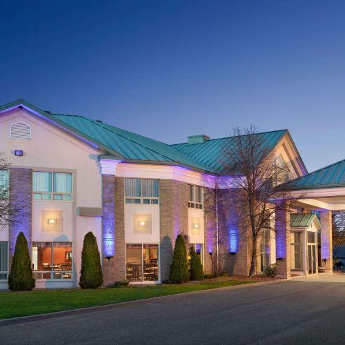 蒙馬尼戴斯酒店