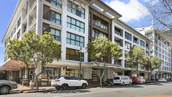 威雅杜克港風格 2 居公寓酒店 - 都會管家酒店