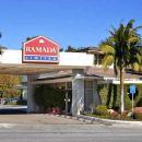 聖巴巴拉華美達酒店(Ramada Santa Barbara)