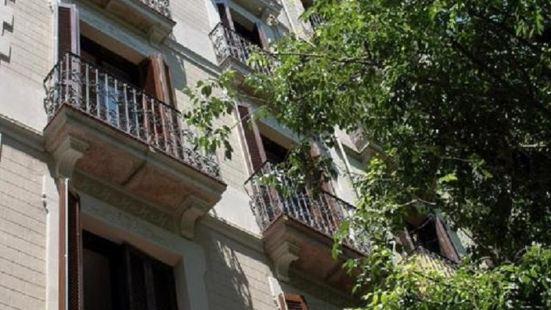 Barcelona Apartment Val
