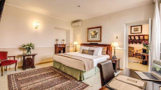 潘菲利宮依奇博羅米尼酒店