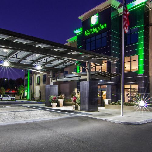 卡爾斯巴德/聖地亞哥假日酒店