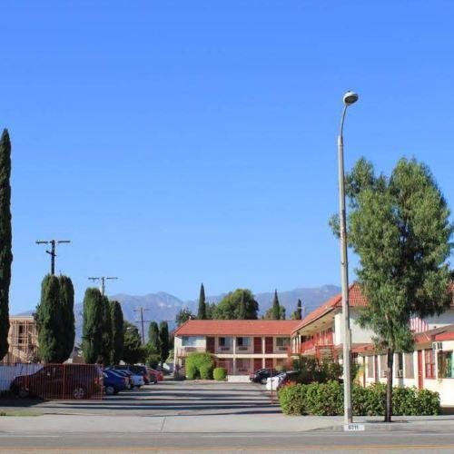 Valley Hotel