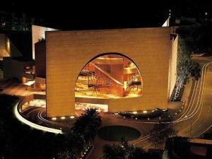 歐文約翰·韋恩機場/桔縣萬怡酒店(Courtyard Irvine John Wayne Airport/Orange County)