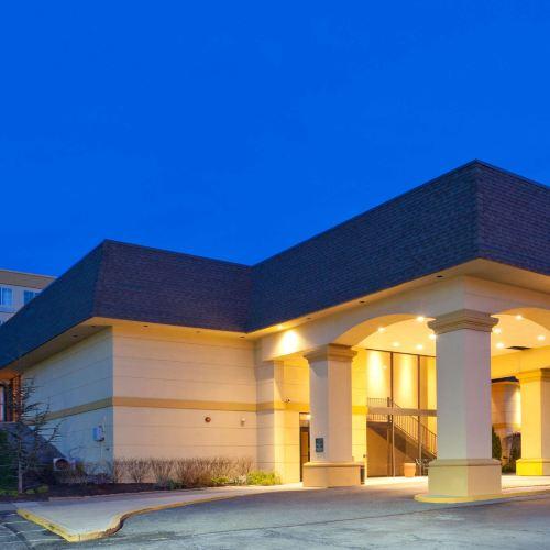 拉昆塔套房酒店懷特普萊恩斯 - 埃爾姆斯福德