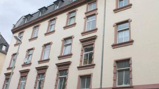 弗萊德阿帕伊公寓