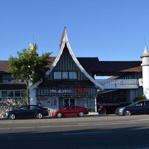 Glass Slipper Inn - Stanford Palo Alto