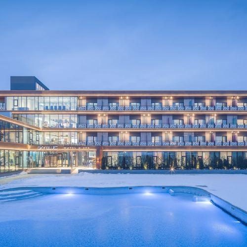 天藍温泉酒店