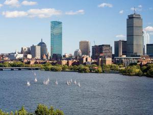 劍橋凱悅酒店,俯瞰波士頓(Hyatt Regency Cambridge, Overlooking Boston)