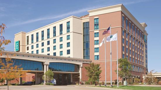 Embassy Suites East Peoria Hotel and Riverfront Conference Center