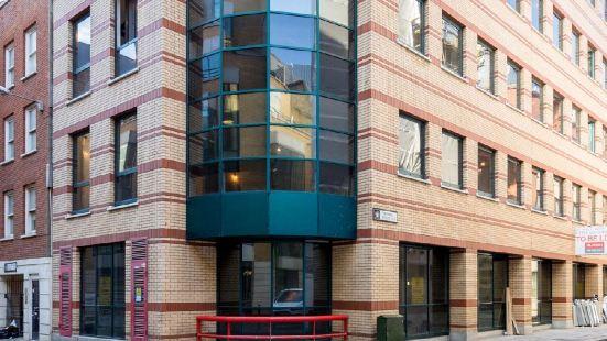 Lcs Chancery Lane Apartments
