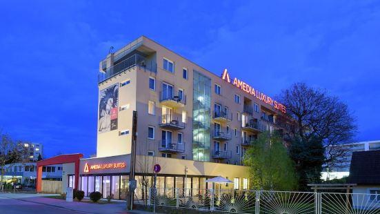 愛米迪亞套房酒店