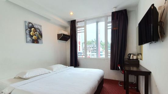 Yts Hotel