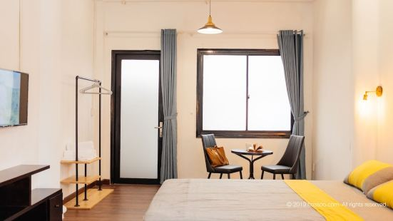 Parfait Studio Private Balcony CBD