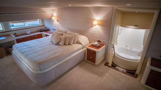 馬布魯克遊艇 lll 號酒店