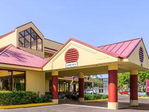 羅德岱堡科萊利恩旅館(Clarion Inn Fort Lauderdale)