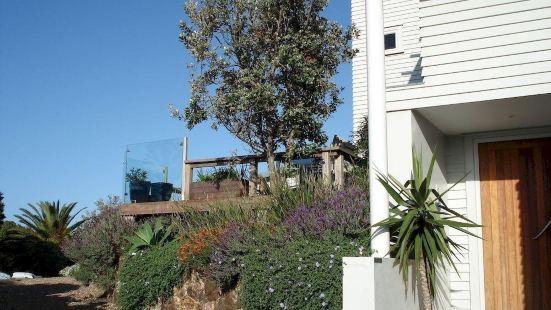 Watermark Studio Apartments