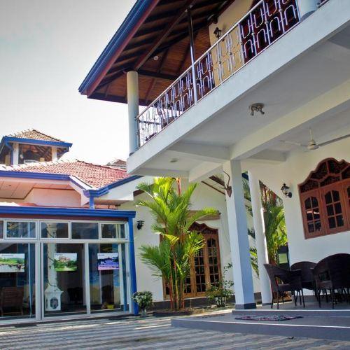 查莫別墅酒店