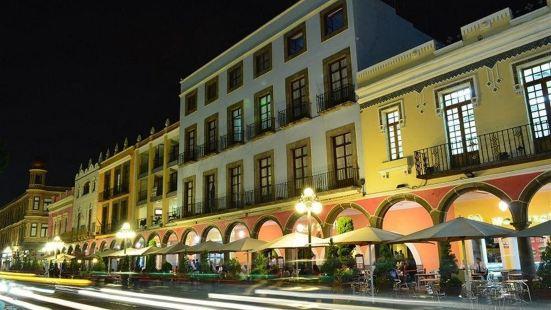普埃布拉皇家酒店