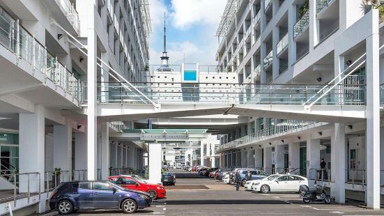 豪華水濱城市公寓酒店