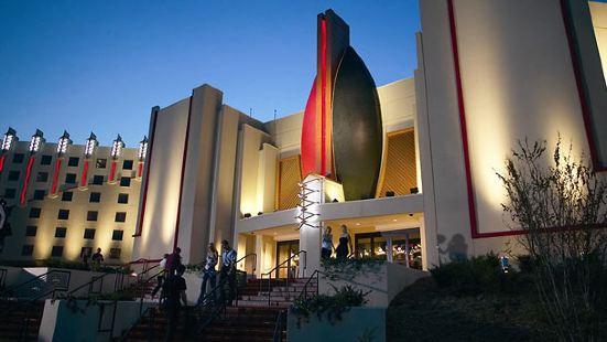 塔爾薩萬豪春丘酒店