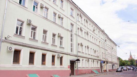 Nereus Hostel Near Kremlin