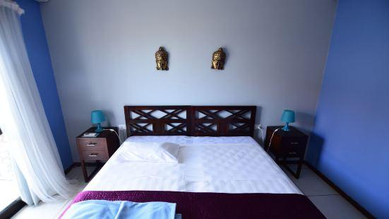 阿克瑪麗納森斯精選套房酒店
