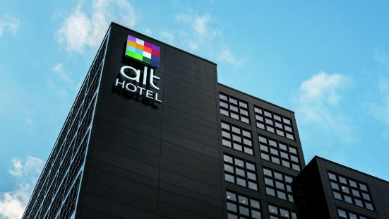 Alt Hotel Calgary East Village