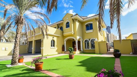 Palm Jumeirah Garden Beach Front Home|Palm Jumeirah Garden Beach Front Home