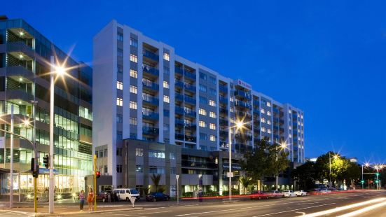 NESUTO  STADIUM Apartment